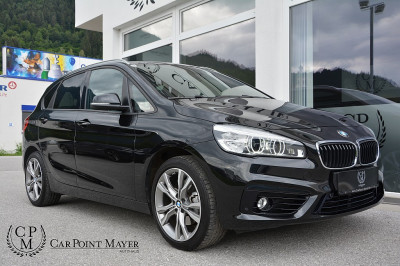BMW 218i Active Tourer Sport Line**LED-SCHEINWERFER**PDC**18ZOLL** bei BM || Car Point Mayer in